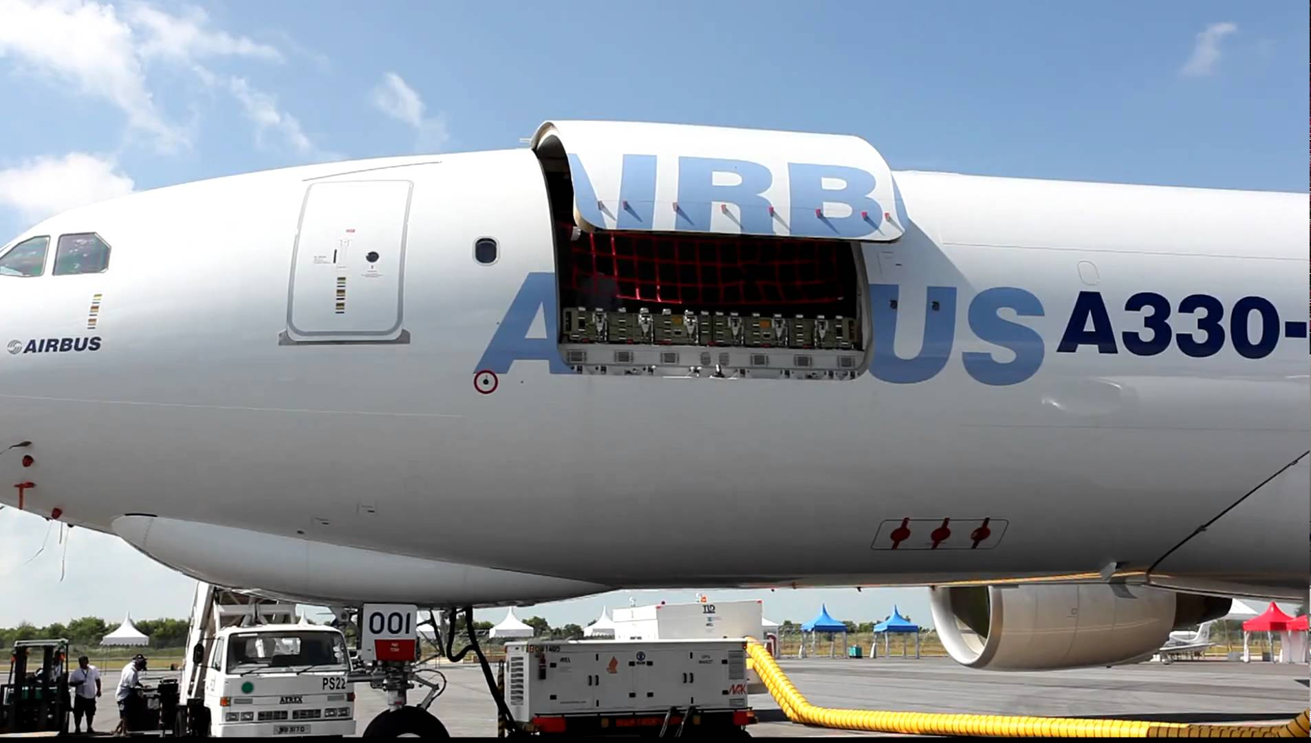AIRBUS A330-200 FREIGHTER MD CARGO DOOR AIRWORKS Engineering Advanced Systems. A contractor delivering efficient highly reliable engineering and ... & AIRBUS A330-200 FREIGHTER MD CARGO DOOR AIRWORKS Engineering ...